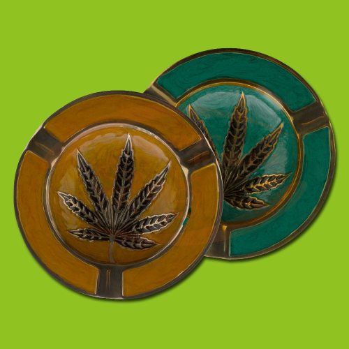 Metal ashtray Leaf